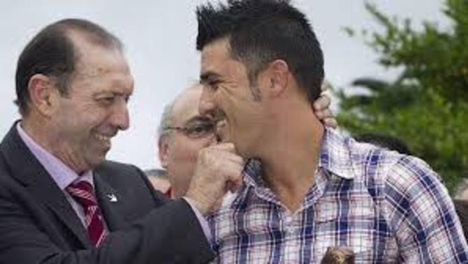 Homenatge de Villa a Quini abans del partit del New York City a l'MLS
