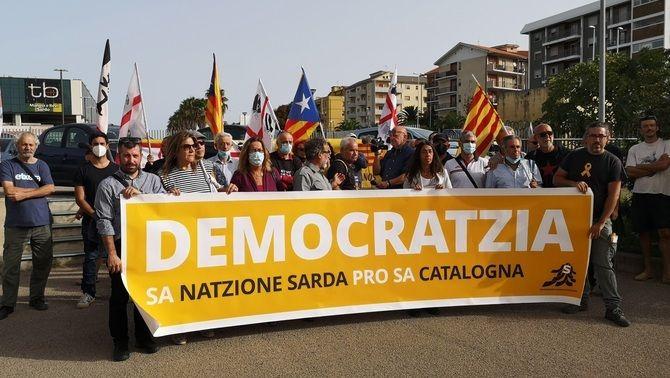 Independentistes sards s'han manifestat en suport als catalans