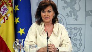Pla mitjà de la vicepresidenta del govern espanyol, Carmen Calvo, durant el Consell de Ministres que aprova l'exhumació de Franco, el 24 d'agost de 2018 (Horitzontal)