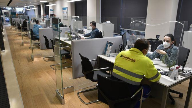 Acord per regularitzar més de 300.000 interins de totes les administracions
