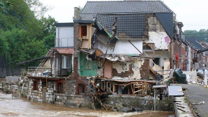 Una casa greument danyada per les pluges torrencials a la localitat de Verviers