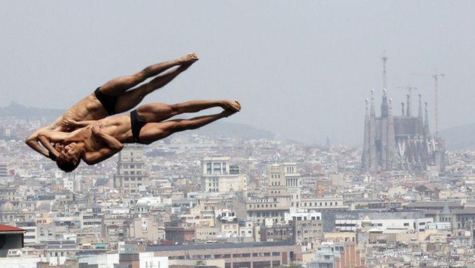 Barcelona dóna la benvinguda als esportistes de més de 200 països que participaran als Mundials de natació