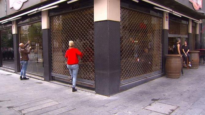 Restaurants i botigues perden entre un 30 i un 50% d'activitat al centre de Barcelona