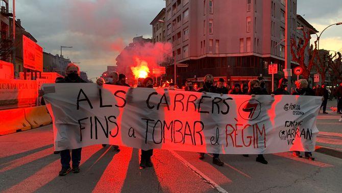 """De """"Hasél llibertat"""" a """"prou repressió"""": l'evolució de la protesta a les pancartes"""