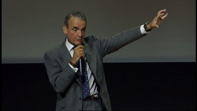 L'Audiència acusa Mario Conde de crear una xarxa organitzada de blanqueig formada per familiar i empleats