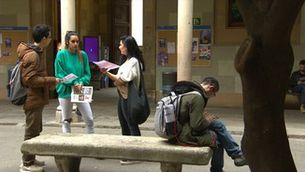 Una campanya per cedir el vot a joves catalans fills de migrants desborda les xarxes