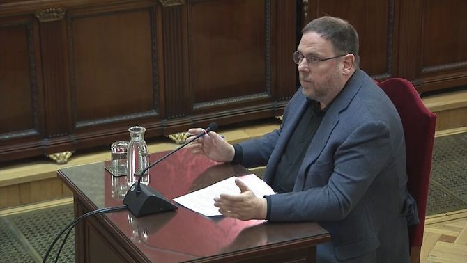 """Junqueras: """"It would be best for all if the question was returned to politics"""""""