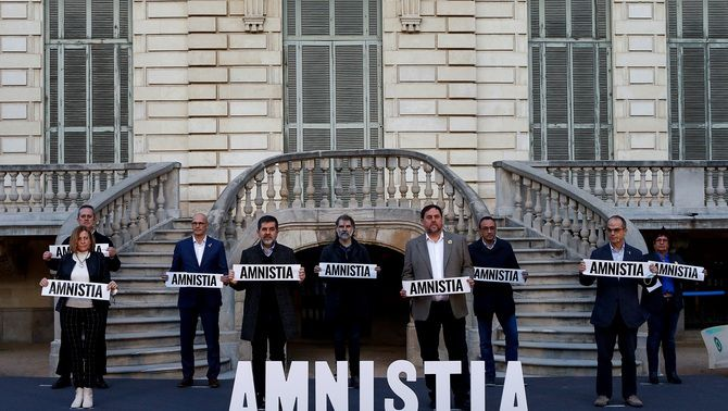 Els nou líders sobiranistes empresonats, en un acte a favor de l'amnistia