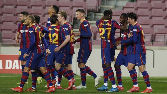 Els joves del Barça, a punt per aixecar la primera Copa
