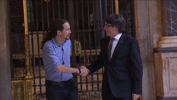 La defensa del referèndum centra la reunió entre Puigdemont i Iglesias