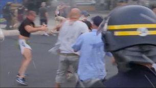L'Eurocopa, tacada per la violència entre aficions