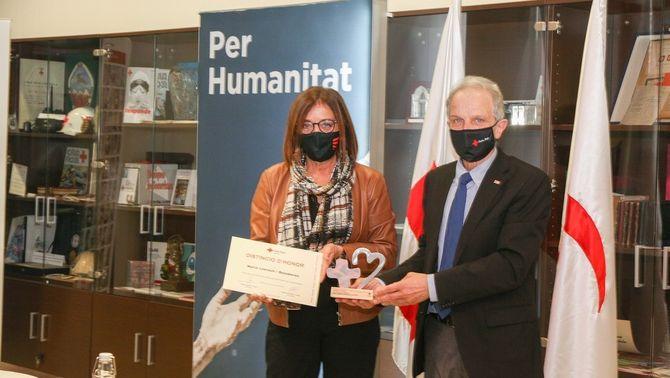 Núria Llorach, vicepresidenta i presidenta en funcions de la CCMA, i Josep Quitet, president de la Creu Roja a Catalunya