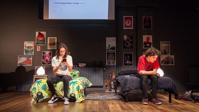 L'espectacle 'Partícules paral·leles', de The Amateurs Company, guanya la 25a Mostra de Teatre de Barcelona