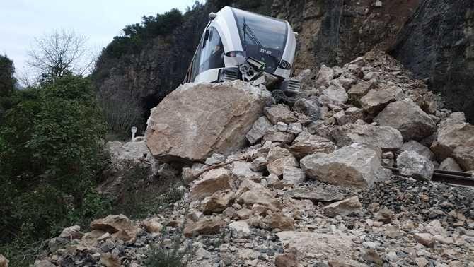 La línia de tren entre Balaguer i la Pobla de Segur, tallada una setmana més