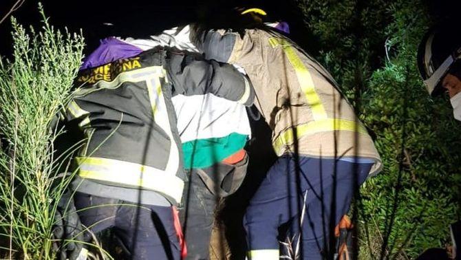 Cau en un barranc quan fugia de la policia en una festa il·legal a Sant Feliu de Llobregat