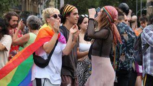 Manifestació a favor dels drets LGTBIQ+, el 26 de juny a Barcelona (ACN/Eli Don)