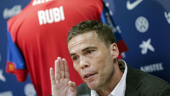 Rubi, en la seva presentació com a nou entrenador del Llevant (EFE)
