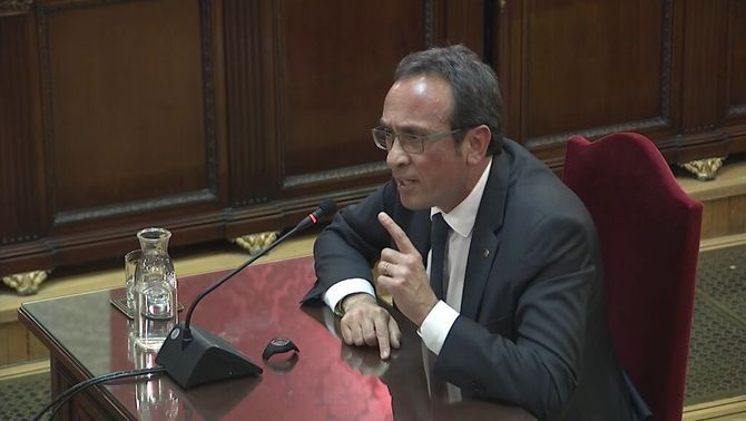 """Josep Rull asks the court: Is this trial about ideas or about facts?"""""""
