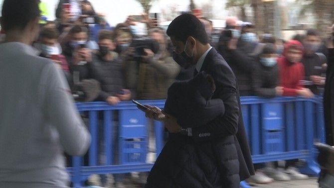 Al Khelaifi, escridassat en la seva arribada a Barcelona