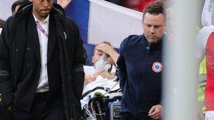 Christian Eriksen, estabilitzat i despert a l'hospital després de caure desplomat al Dinamarca-Finlàndia