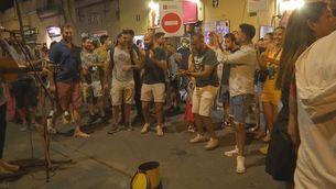 Primera nit sense toc de queda a Barcelona, en plenes festes de Gràcia