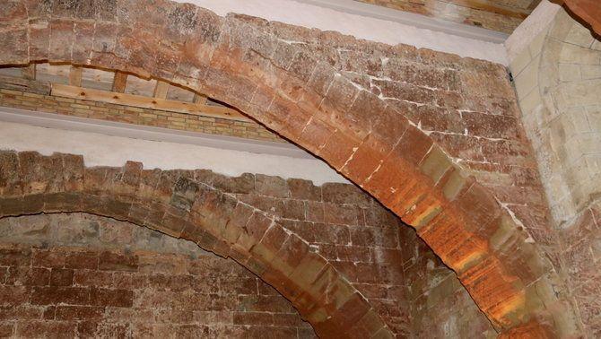 Detall d'un dels arcs de la Sala Capitular del Monestir de Sixena
