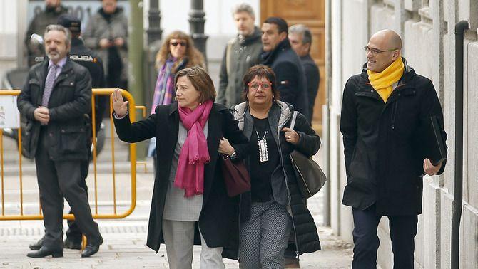 Carme Forcadell, Dolors Bassa i Raül Romeva, arribant al Suprem el març de 2018