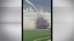 La plasticitat d'un tornado estilitzat al Canadà