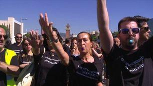Les autoescoles, a punt del col·lapse per la vaga d'examinadors