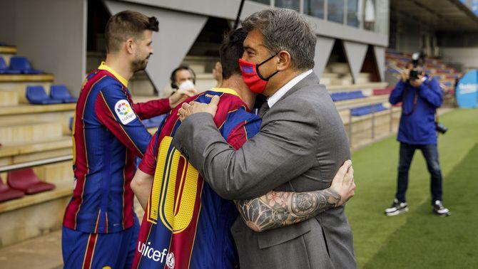 El Barça i Leo Messi comencen a negociar la renovació del contracte de l'argentí