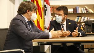 Aragonès dona suport a Puigdemont a l'Alguer i exigeix la retirada de les ordres de detenció