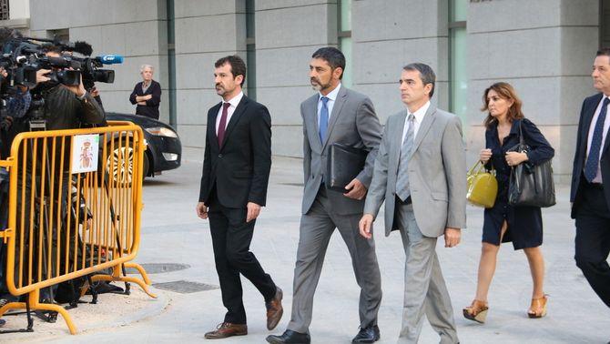 El major dels Mossos d'Esquadra, Josep Lluís Trapero, el 16 d'octubre, arribant a l'Audiència Nacional (ACN)