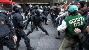 Identifiquen un mosso fora de servei entre els manifestants de Barcelona