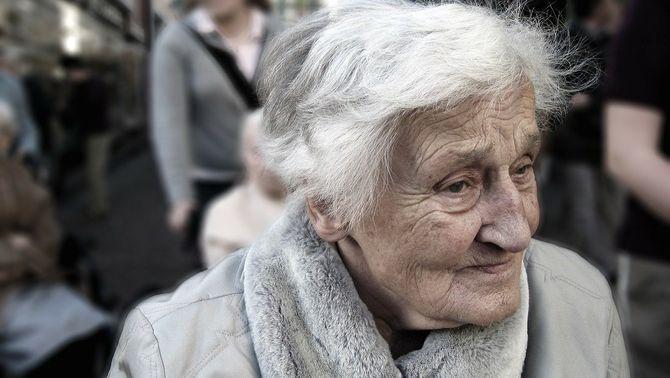 Troben la clau genètica que permet a algunes persones superar els 105 anys de vida
