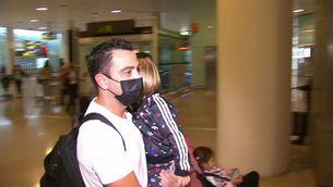 Xavi arriba a Barcelona amb la incògnita del futur de Koeman a la banqueta del Barça
