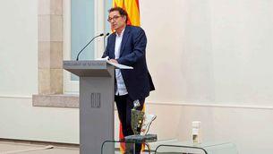 Joan Roura, periodista de TV3, recull la menció especial Mitjans de Comunicació de l'Institut de Drets Humans de Catalunya