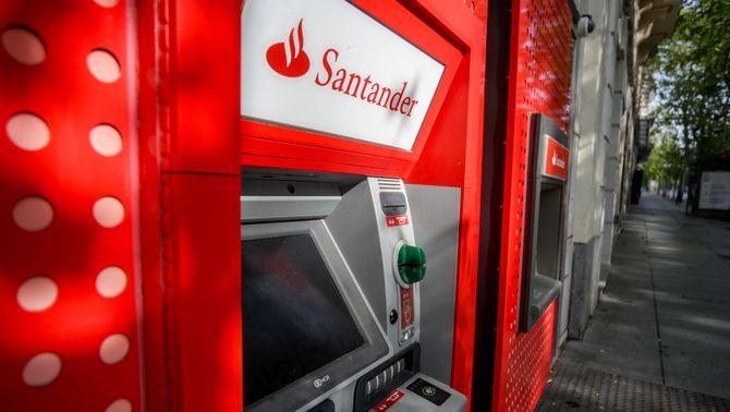 Un caixer del Banc Santander, a Madrid
