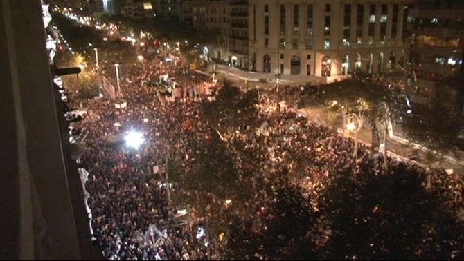 Milers de persones surten al carrer en la segona vaga general del govern Rajoy
