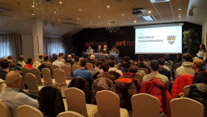 L'Andorra aprova la venda del club a Gerard Piqué
