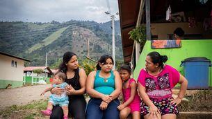 """Imatge de """"Berracas. Dones supervivents que construeixen la pau a Colòmbia"""""""