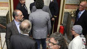 Els diputats abandonant l'hemicicle abans de la votació de la reforma constitucional. (Foto: EFE)