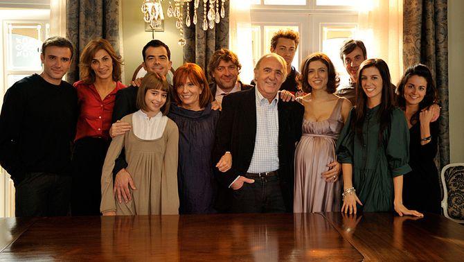 """La família, al primer capítol de """"La Riera"""""""