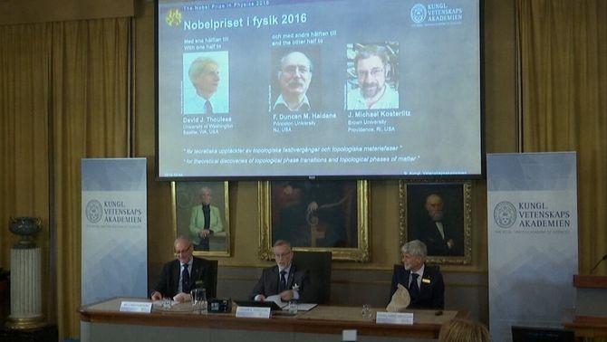 Els descobriments sobre materials innovadors dels britànics Thouless, Haldane i Kosterlitz, Nobel de Física
