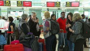 Reforç policial a l'aeroport del Prat despés del caos d'ahir