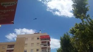 L'helicòpter sobrevola el port de Vilanova i la Geltrú després del tiroteig