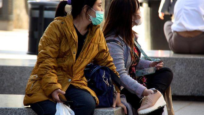 Arriben 130.000 mascaretes amb la col·laboració de la comunitat xinesa de Catalunya