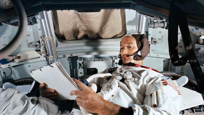 Mor Michael Collins, l'astronauta de l'Apollo 11 que no va trepitjar la Lluna