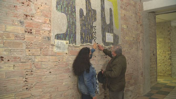 Els veïns de la Verneda salven un mosaic històric i, de rebot, tots els de Barcelona