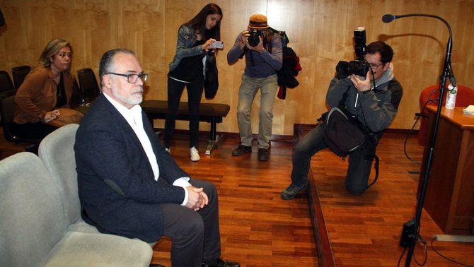 Jaume Torramadé i l'expresidenta local d'Unió a Salt acorden per acabar el seu enfrontament als jutjats