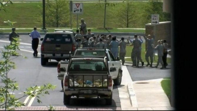 Falsa alarma per un tiroteig a la base militar d'Andrews, on hi ha l'Air Force One